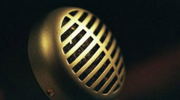 Interviews houden en uitwerken in tekst ten behoeve van diverse media